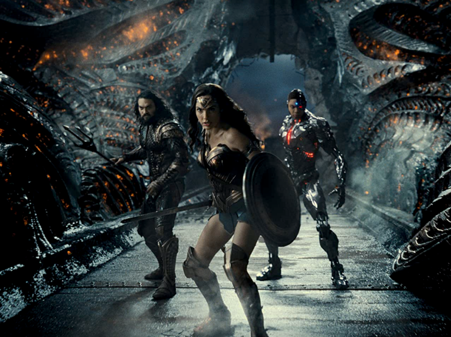 From left to right: Jason Momoa, Gal Gadot and Ray Fisher
